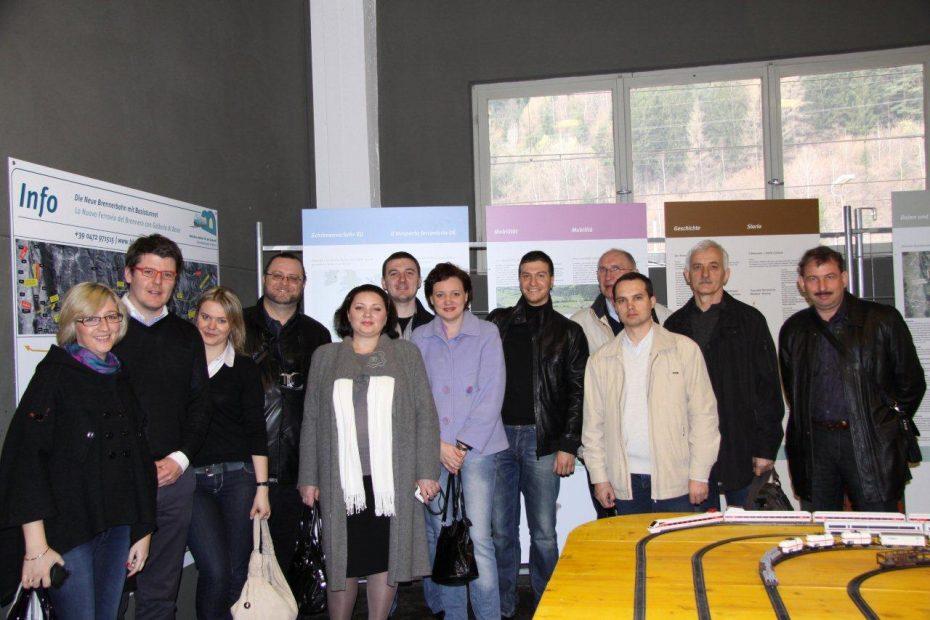 """Russische """"Infrastruktur-Delegation"""" besucht BBT Infopoint und besichtigt BBT Baustelle"""