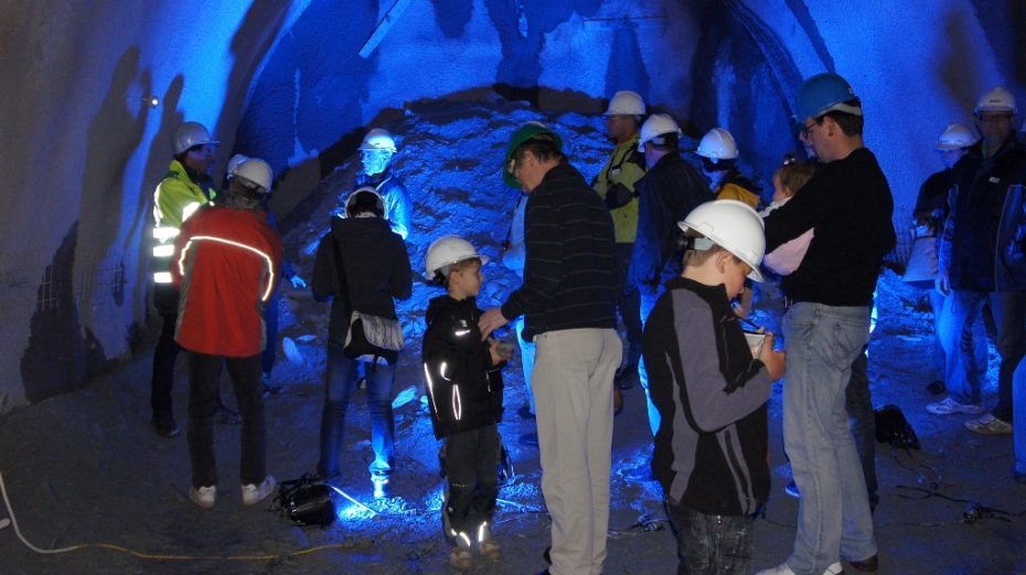 Tag des offenen Tunnels Bevölkerung zeigt großes Interesse am Projekt